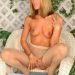 http://sporn.xyz красивые девушки в чулках и колготках фото